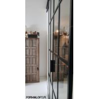 Formaloft Industrial liukuovi / ruutulasiseinä -rakennelma